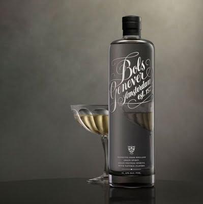 Shoe diseñó el packaging completo de la Bols Genever - Amsterdam Gin.