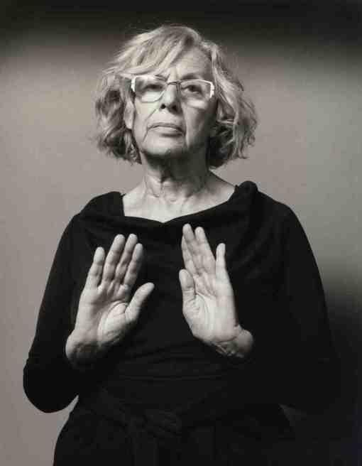 """Serie de retratos """"No oculto nada"""" de Alberto Schommer - Manuela Carmena, candidata al Ayuntamiento de Madrid (mayo de 2015)"""